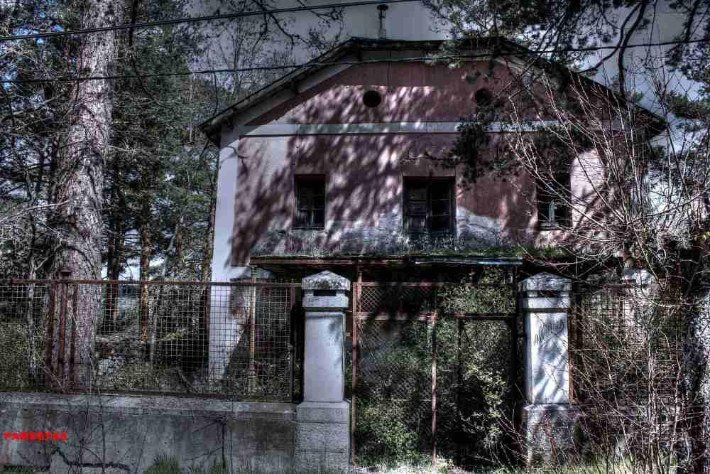 Chalets abandonados.Sierra de Madrid (1/6)