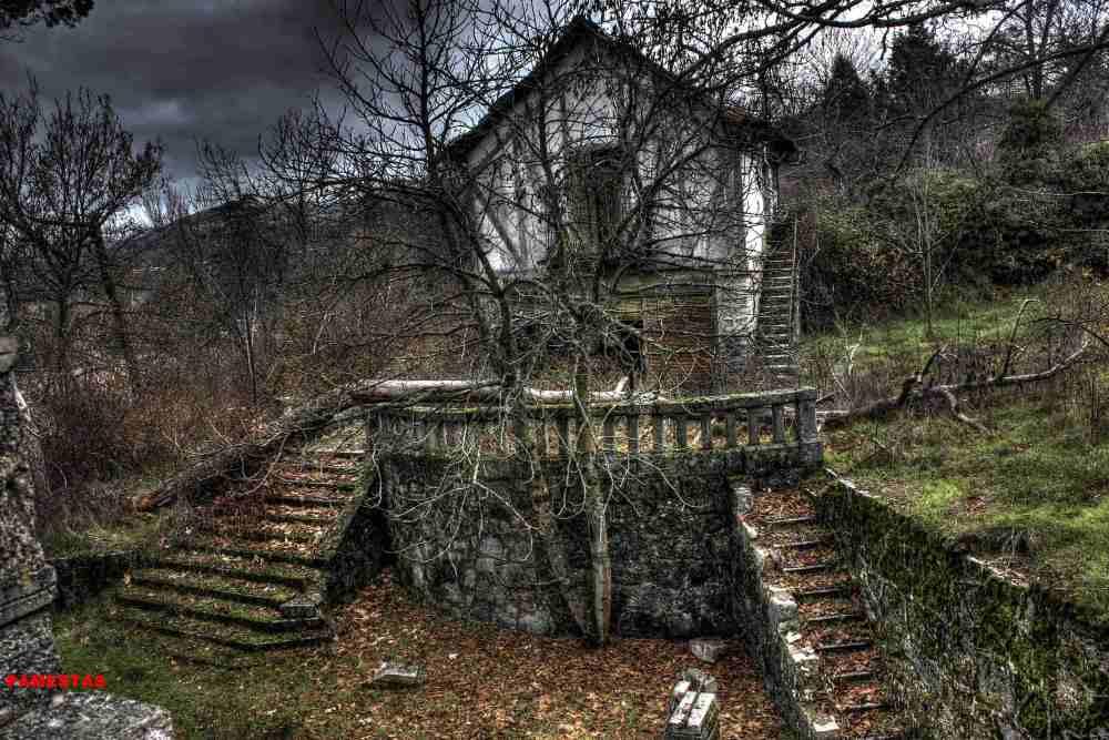 Chalets abandonados.Sierra de Madrid II (2/6)