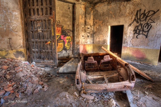Cars scrapped in abandoned building