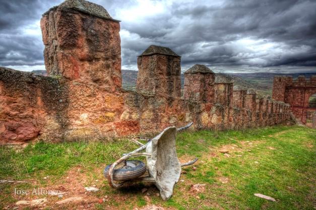 Wheelbarrow. Riba de Santiuste castle, Guadalajara, Spain